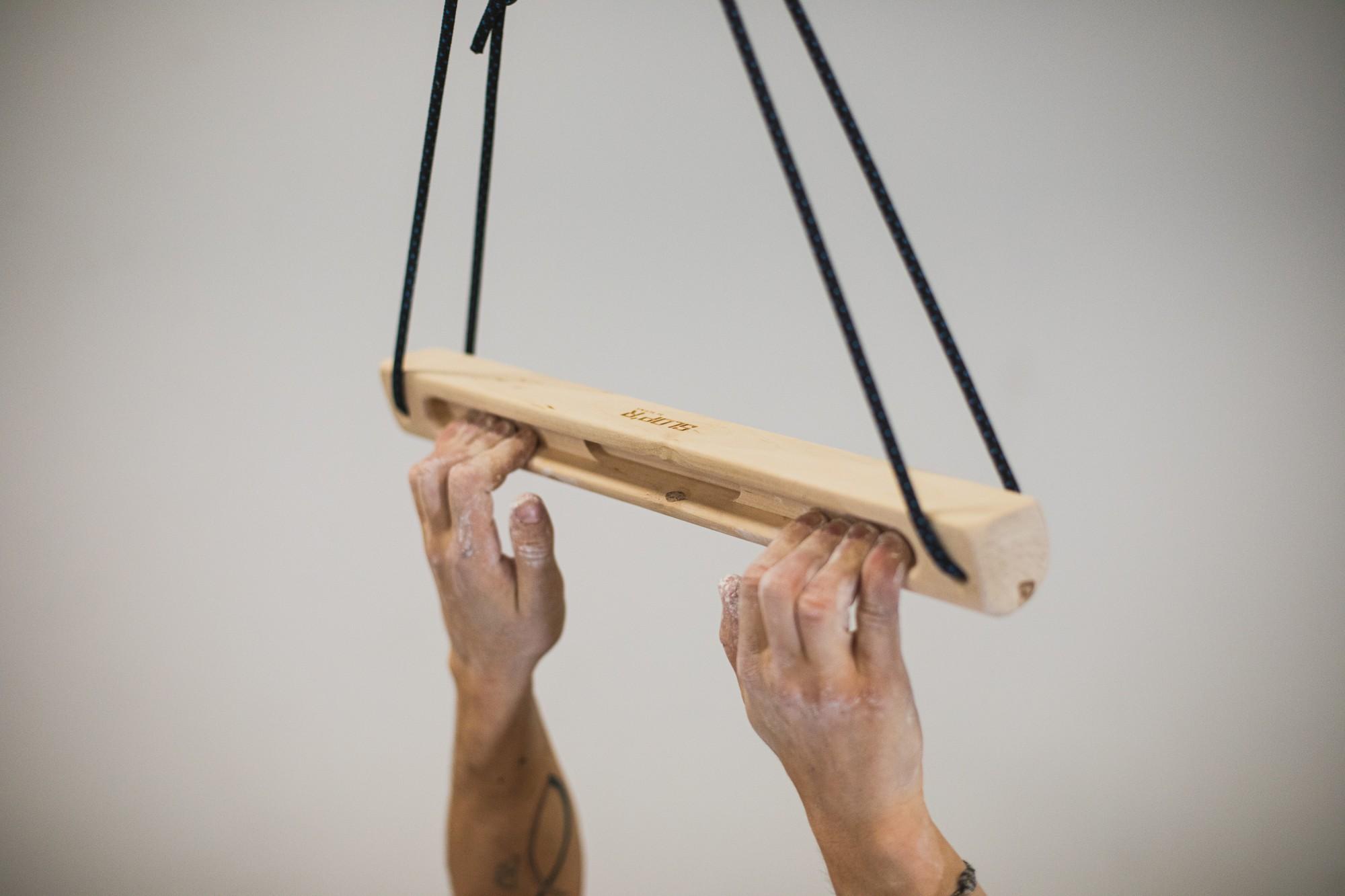 Slop'r mobile hangboard