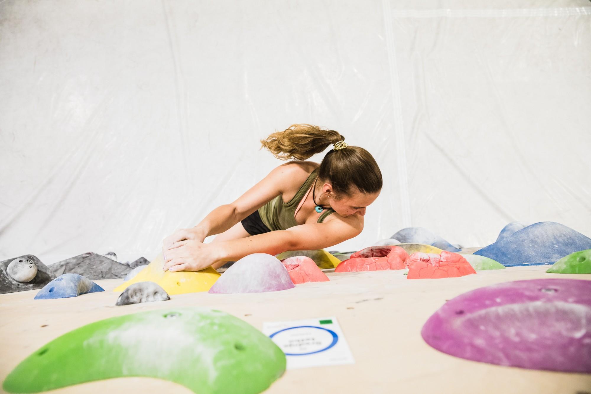 Uvodni trening: spoznaj balvansko plezanje